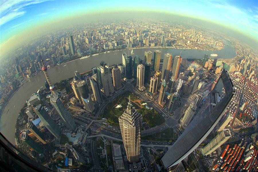 Shanghai Tower Honors 4000 Builders