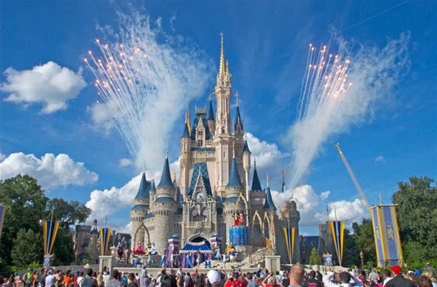 273ca7d6 Top UK court rules against father who took daughter to Disney World in  school time | Shanghai Daily